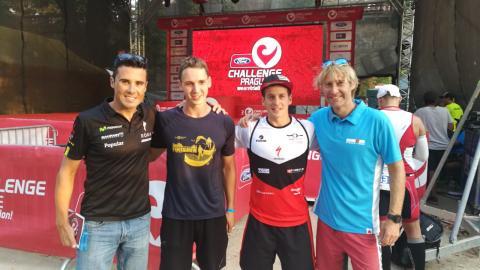 Kluci s vítězi Javierem Gomezem a Pablo Dapenou